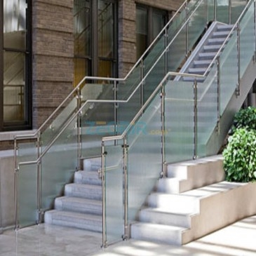 Rampe d'escalier 2