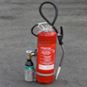 Poudre pour l'extinction des feux - (D MG 20)